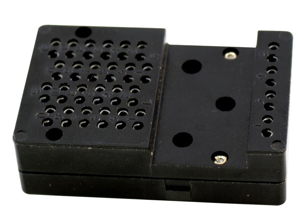 relay socket 24 4 rows of 6 contacts 4 contacts on coil row