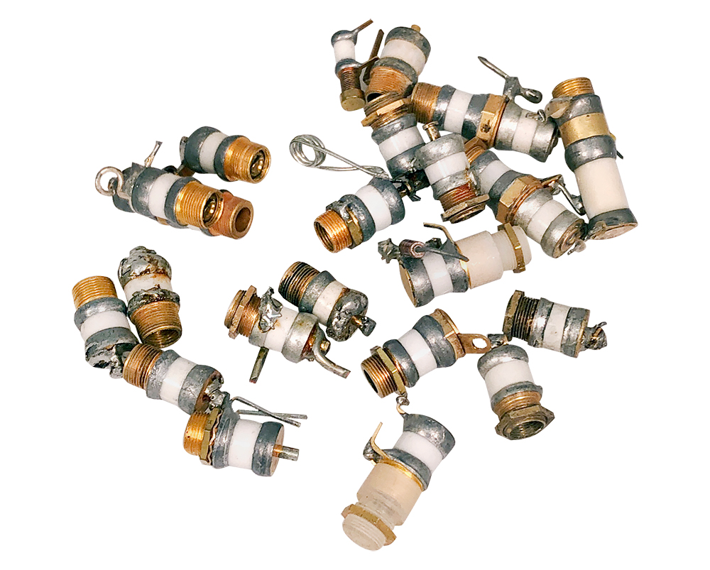 TEN PIECES 25pF BRASS AND CERAMIC COMPRESSION TRIMMER