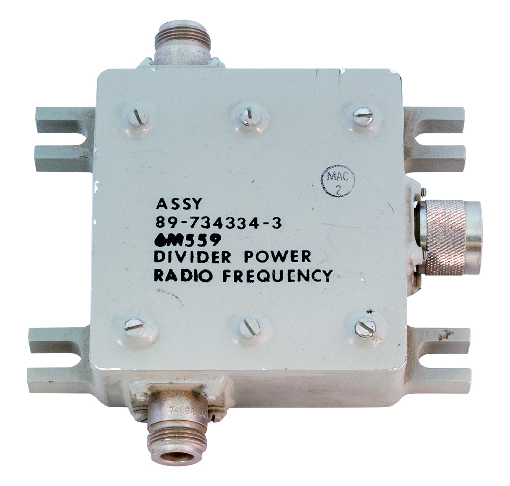 RF Celwave Power Divider Splitter 8x BNC 800-850MHz